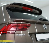 Спойлер под стекло задней двери на Фольксваген Тигуан (Volkswagen Tiguan) MK2