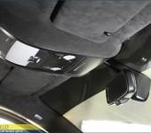 Продолжение тюнинга Ауди ( Audi ) A4 - перетяжка потолка в алькантару и покраска элементов салона в черный матовый цвет