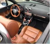 Вклейка стекла в кабриолетный тент Ауди (Audi) TT
