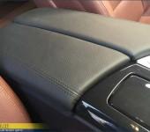 Перетяжка подлокотника в кожу Дакота на БМВ (BMW) F10