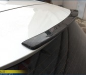 Установка карбонового спойлера на заднюю дверь БМВ (BMW) X5 F15