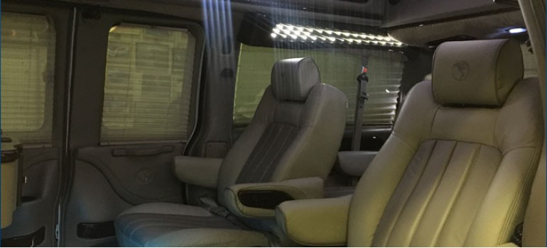 Работы по шумоизоляции ВИП автобуса на базе Кадиллака (Cadillac)