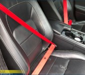 Замена черных ремней безопасности на красные в Ягуаре (Jaguar) XE