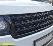 Окраска в черный глянец решетки радиатора на Range Rover Vogue
