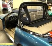 Замена мягкого стекла в тенте кабриолета Mercedes W129 SL