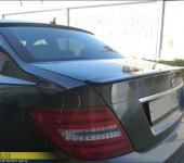 Установка спойлера ( антикрыла ) АМГ ( AMG ) на багажник и спойлера на заднее стекло на Мерседес ( Mercedes ) W204