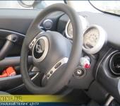Перетяжка руля на Mini Cooper в автомобильную кожу Дакота (Dakota)