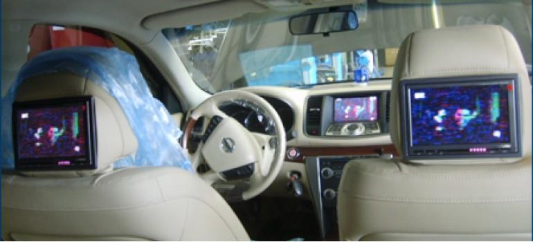 Установка мониторов в подголовники передних сидений на Ниссан Теана ( Nissan Teana )