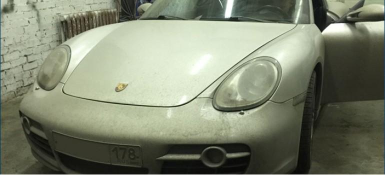 Установка USB адаптера ТРИОМА на Порше Кайман (Porsche Cayman)
