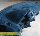 Перетяжка торпедо в алькантару на Subaru Impreza