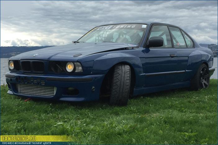 Расширители крыльев WideBody на БМВ (BMW) E34
