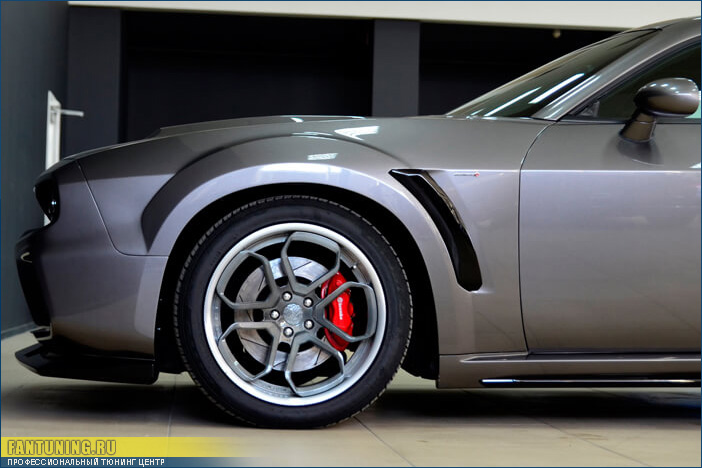 Аэродинамический обвес Безумный Макс (Mad Max) на Додж Челленджер (Dodge Challenger)