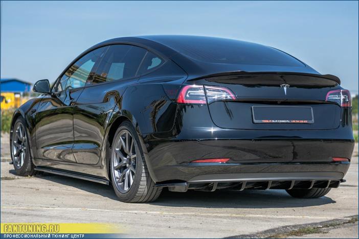 Аэродинамический обвес на Теслу (Tesla) Model 3