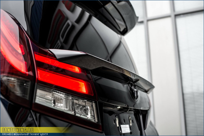Аэродинамический обвес Альфа (Alpha) на Toyota Alphard