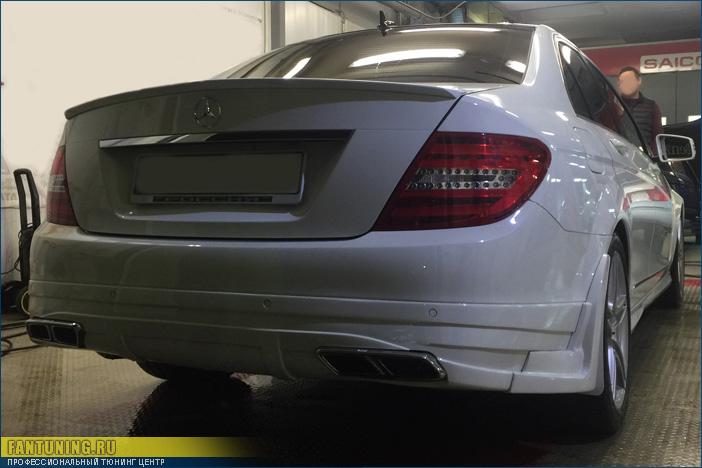 Небольшой тюнинг Мерседеса (Mercedes) W204 в стиле рестайлингового AMG С63