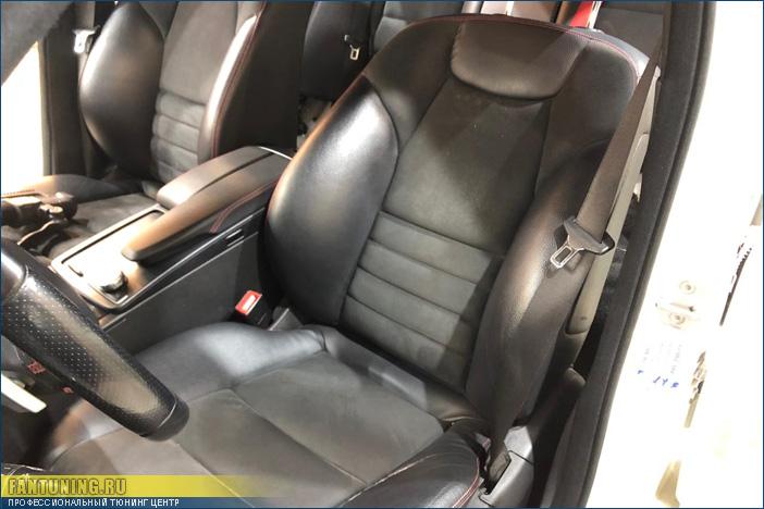 Замена ремней безопасности на красные в Мерседесе ( Mercedes ) W204