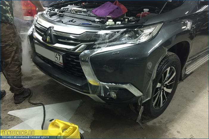 Оклейка полиуретановой защитной антигравийной пленкой кузова нового Мицубиси Паджеро Спорт (Mitsubishi Pajero Спорт)